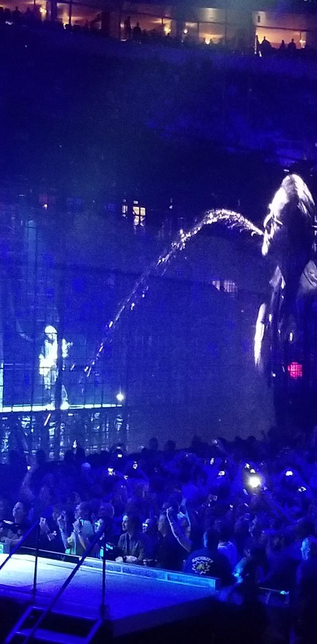 U2 end world