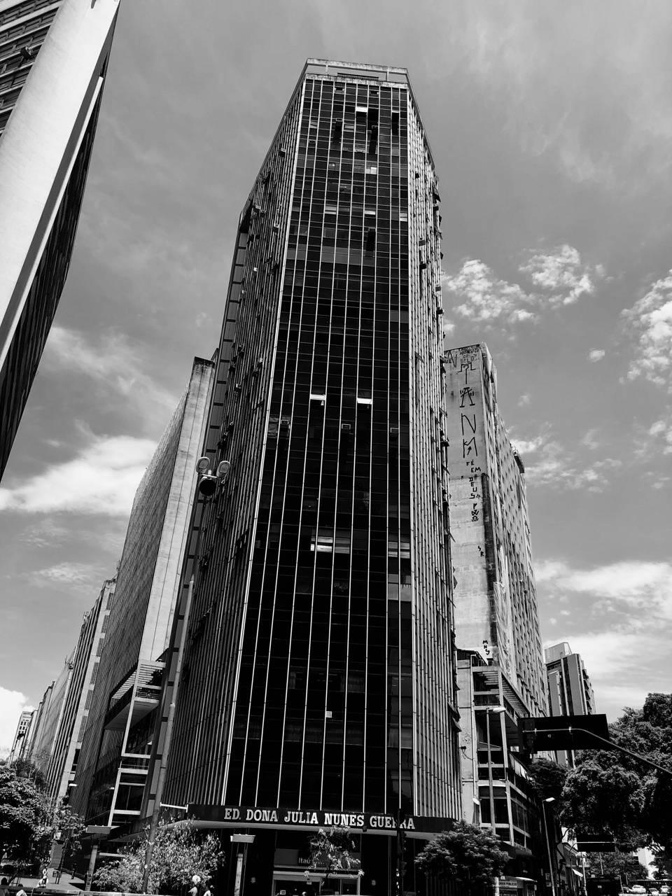 B N W - Building