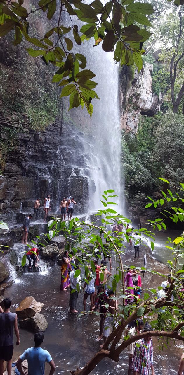 water falls pravee