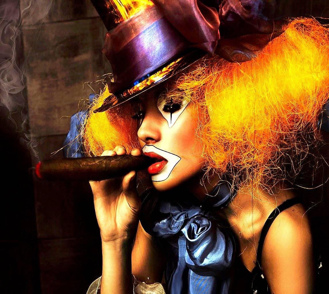 Girli Clown