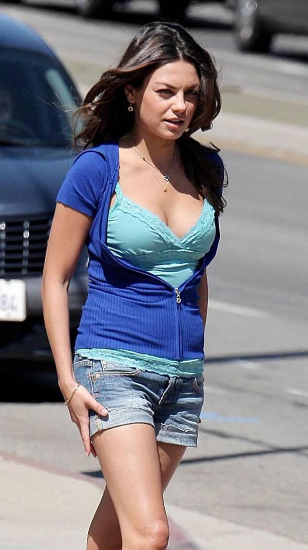 Hot Mila Kunis