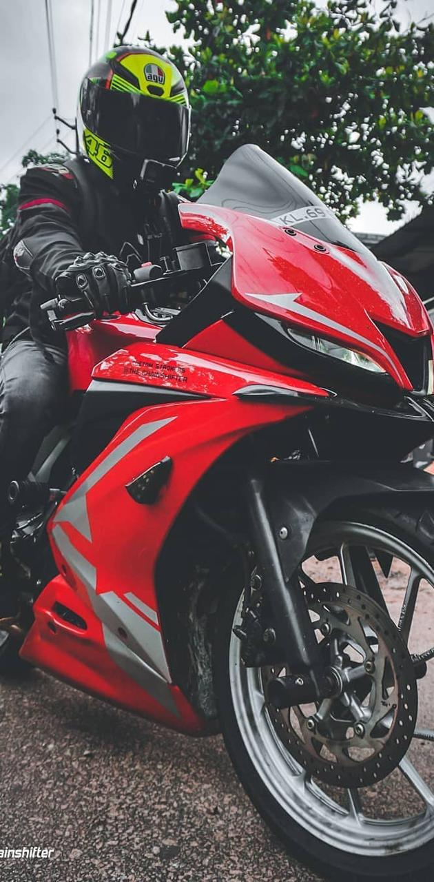 R15 Red and gray