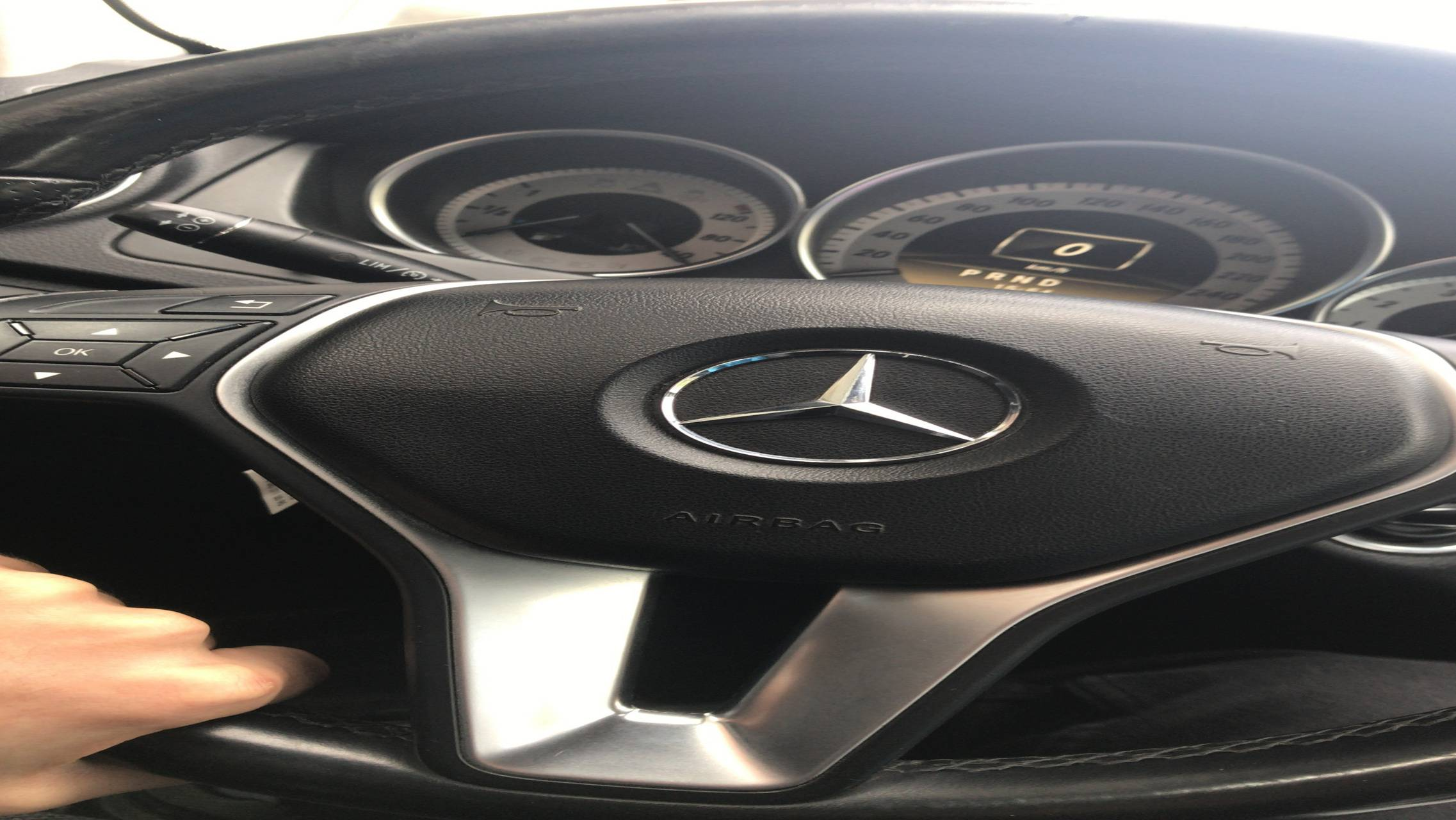 Mercedes console