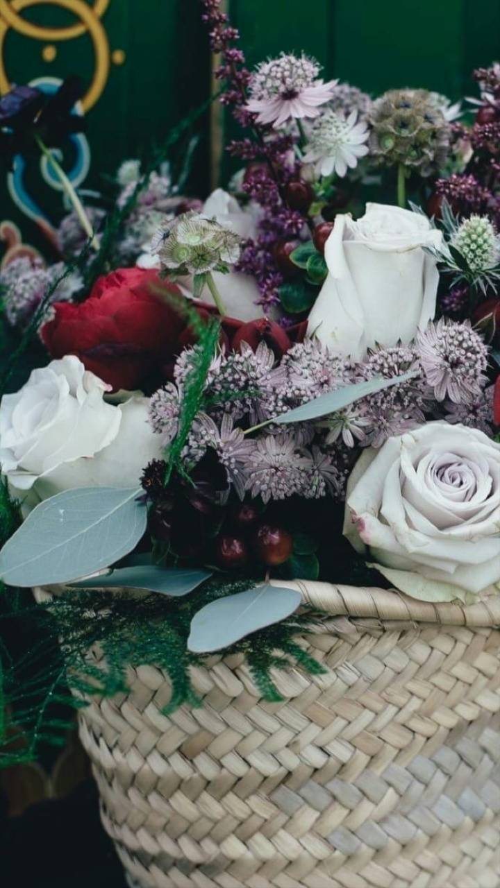 Reminiscent Flowers