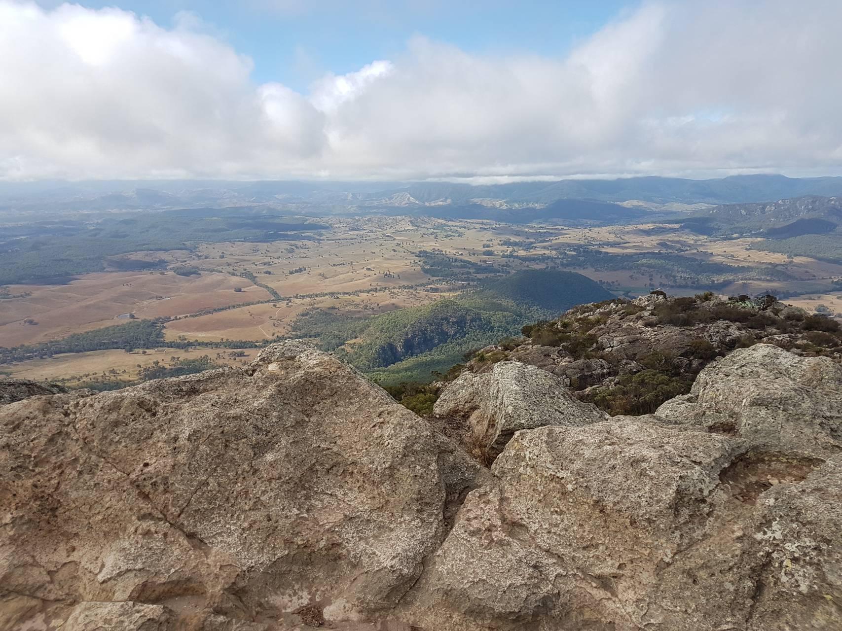 Mt maroon