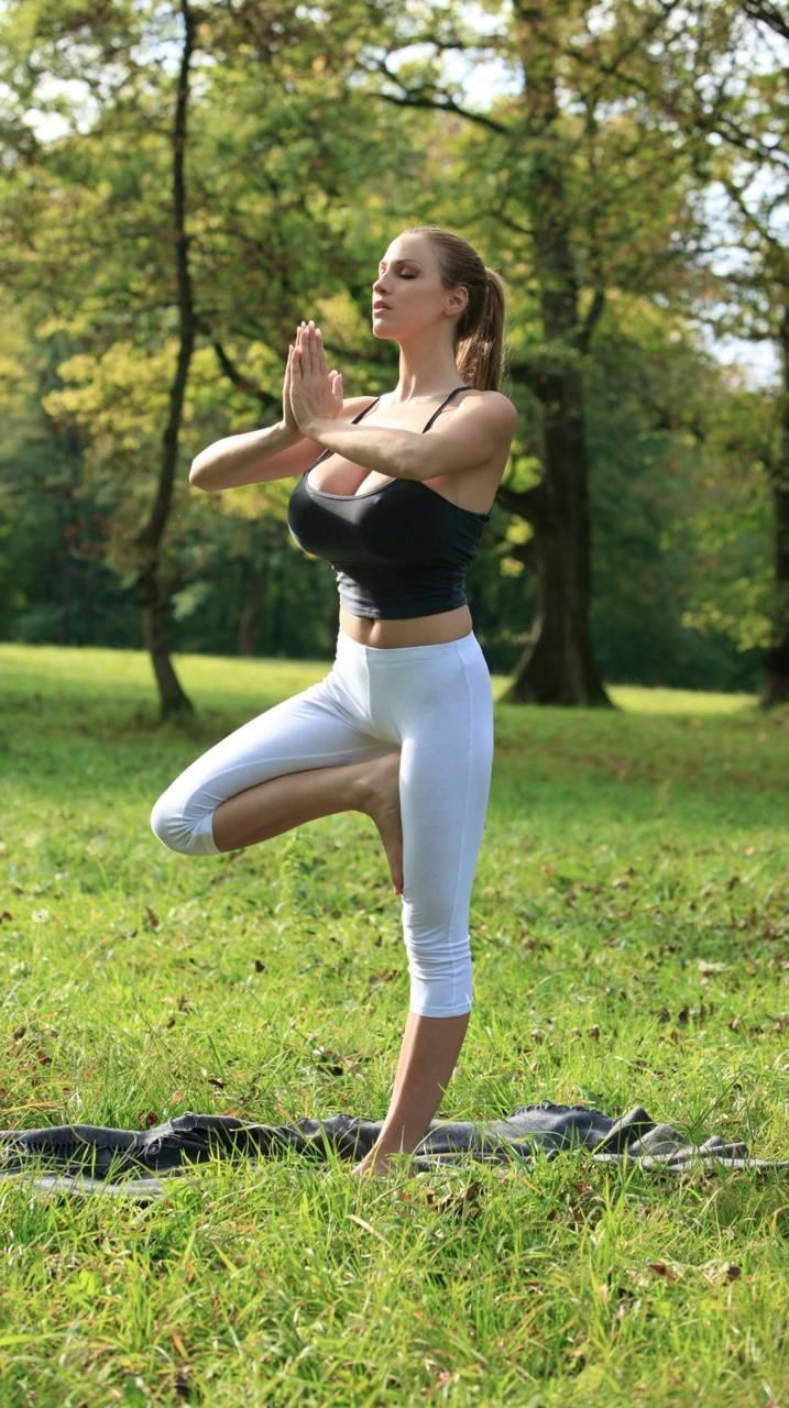 Jordan Carver Yoga - Yoga For You