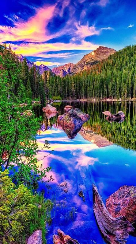 HD Blue Lake