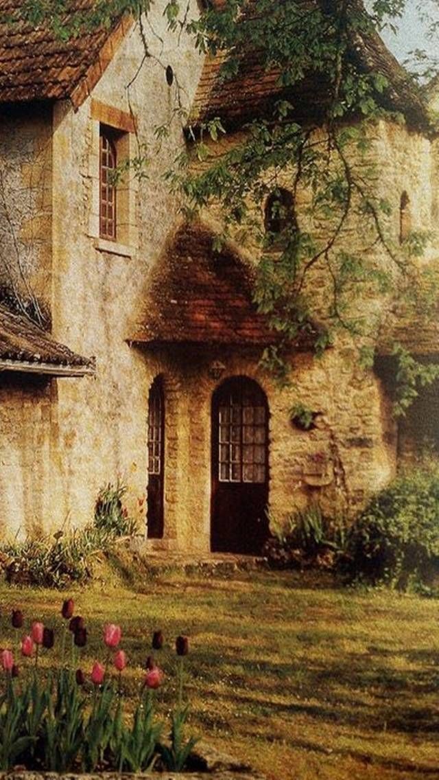 Romantic House