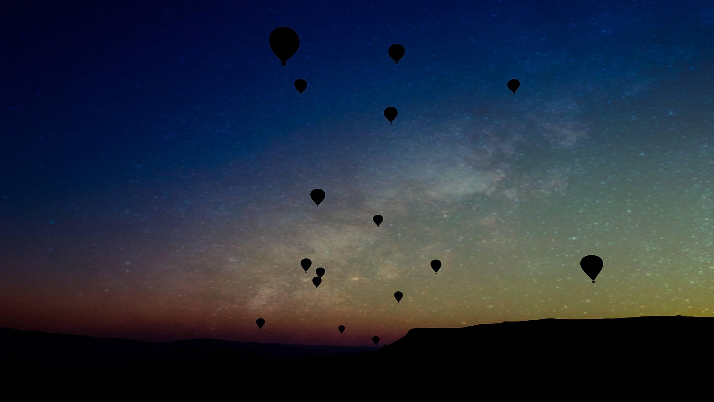 Midnight balloon
