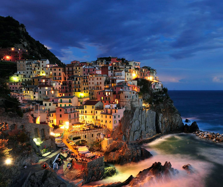 City On Cliff