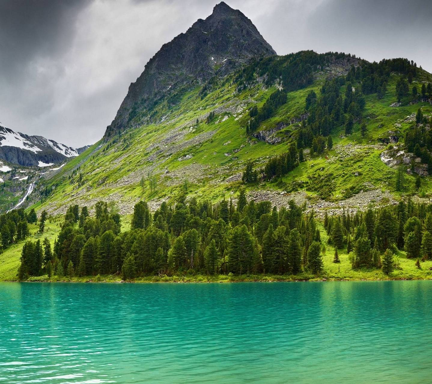 Mountains-lake