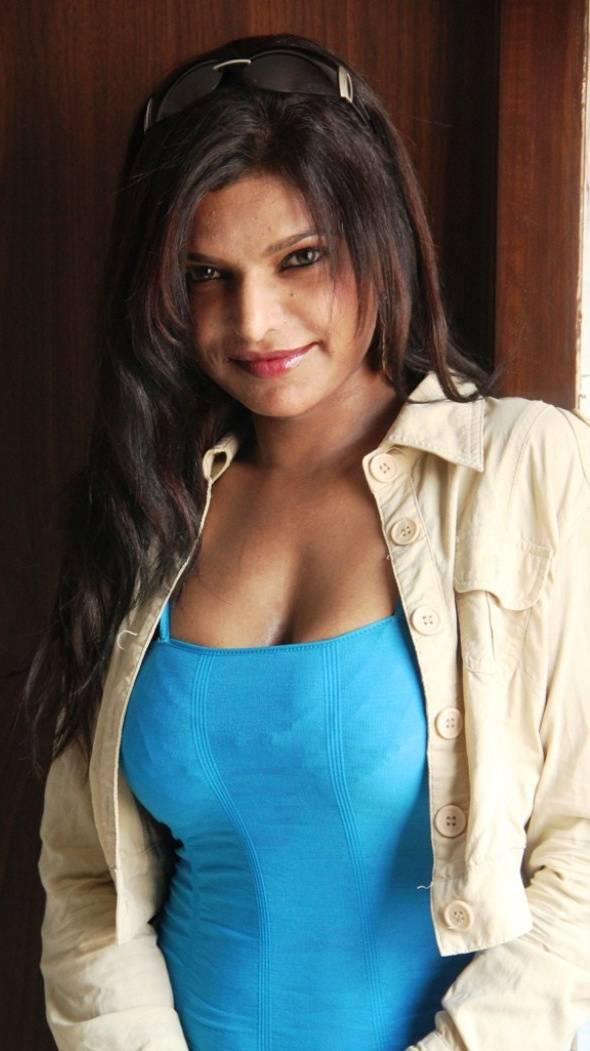 Shalini Naidu Hot