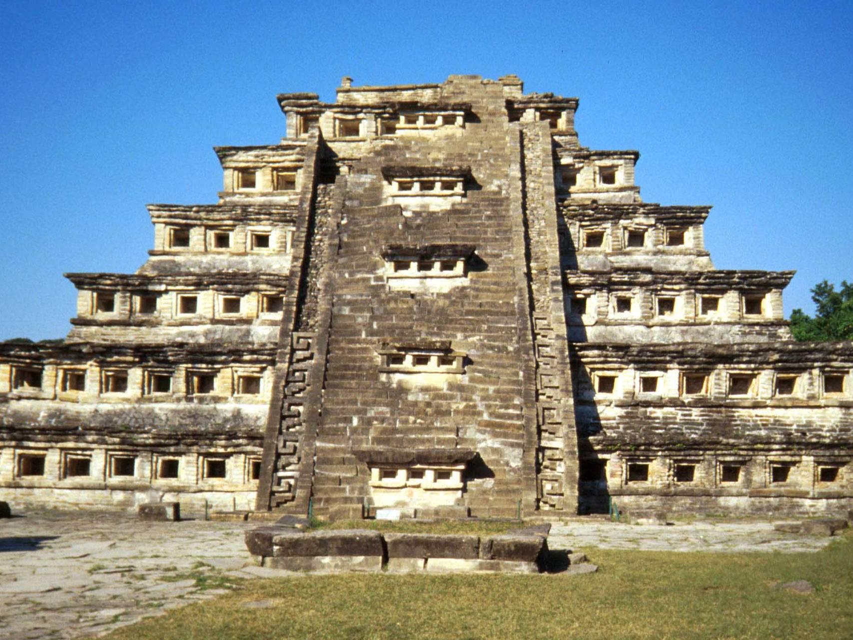 Piramide Del Tajin
