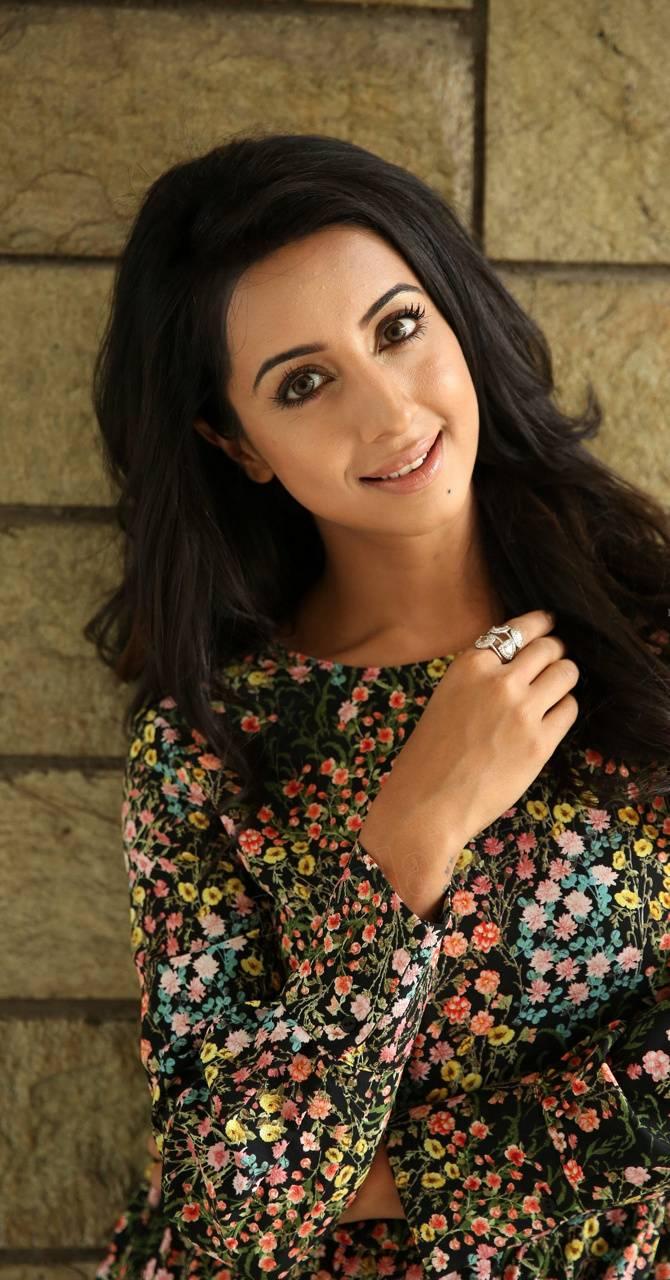Sanjana Galrani