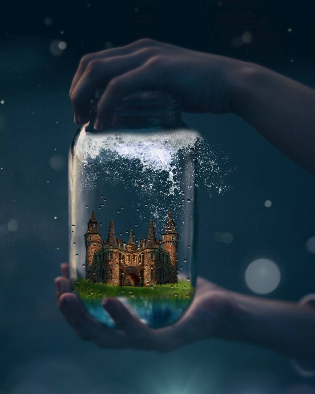 Castle bottle