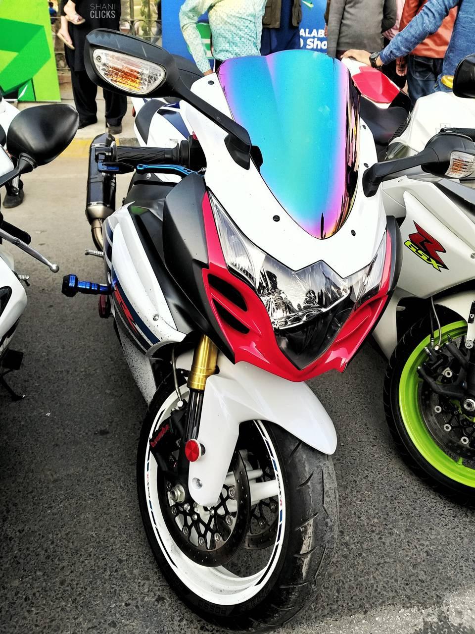 Suzuki Gisxer