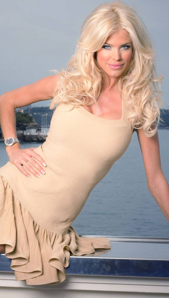 Victoria Silvstedt Wallpaper By Hmd8055 1f Free On Zedge
