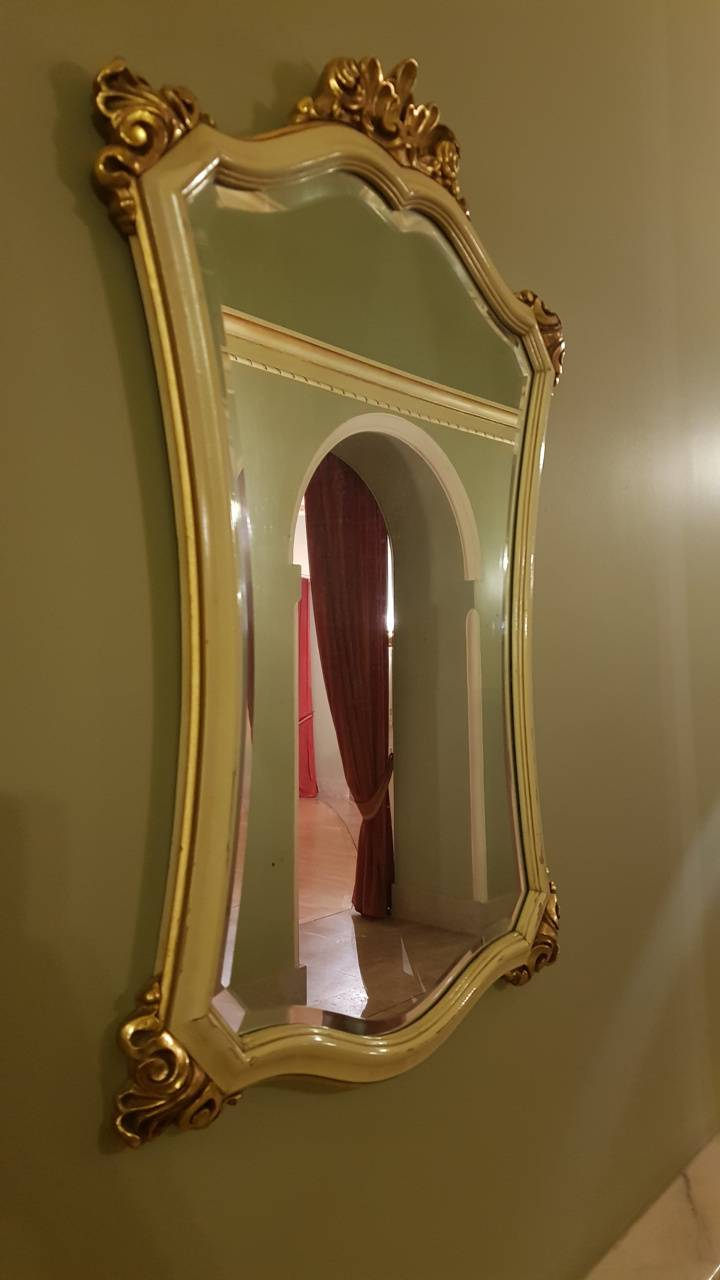 Wonder mirror