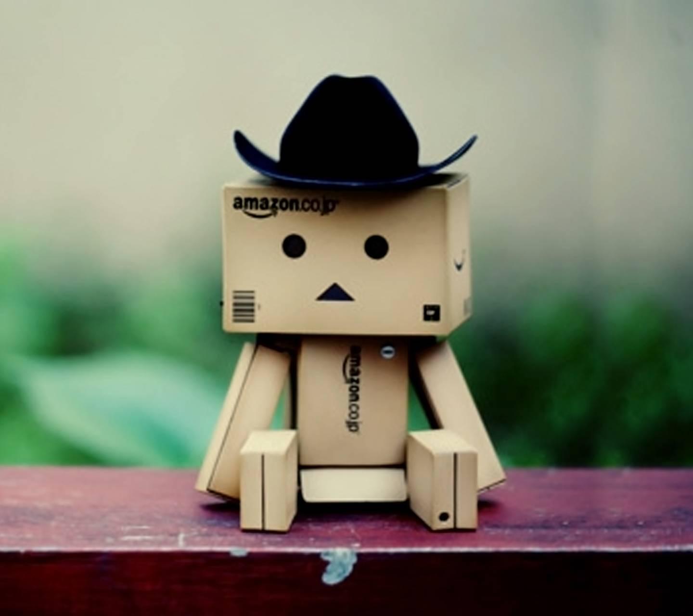 Amazon Box Robot 01