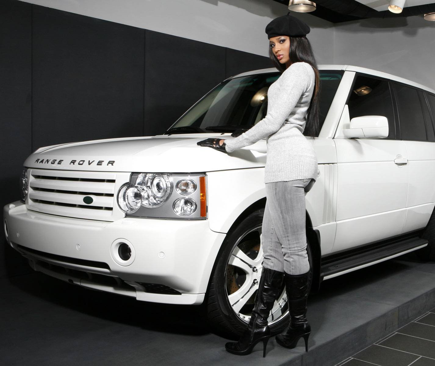 Clara Range Rover