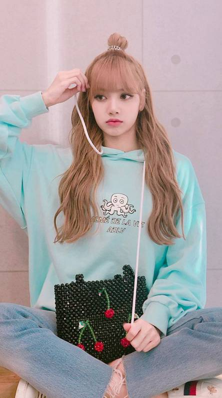 Blackpink lisa Ringtones and Wallpapers - Free by ZEDGE™