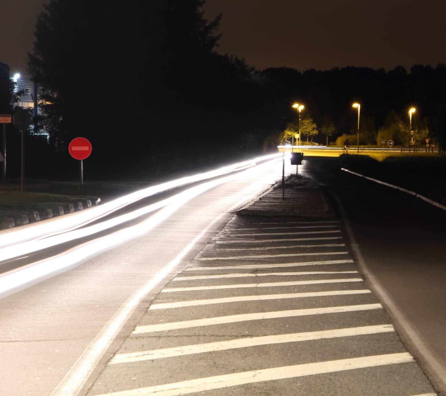 Night speed white
