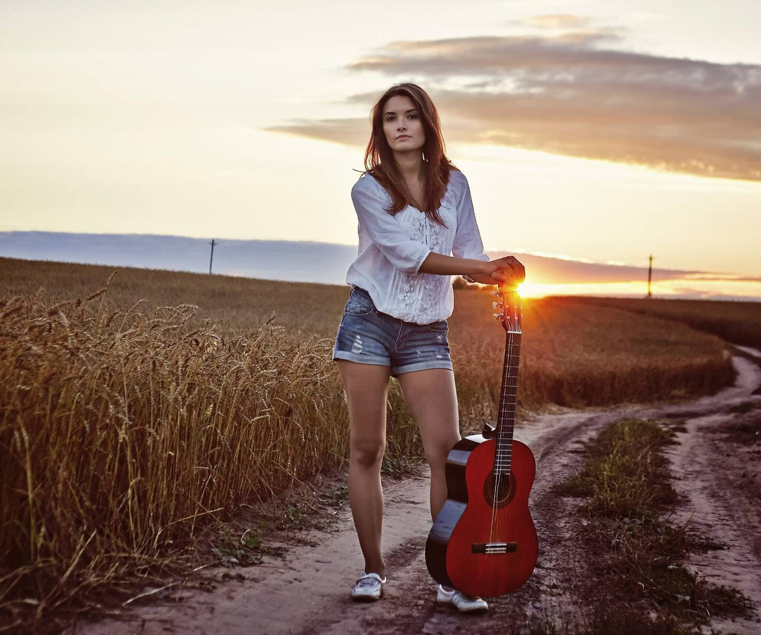 girl with guitare