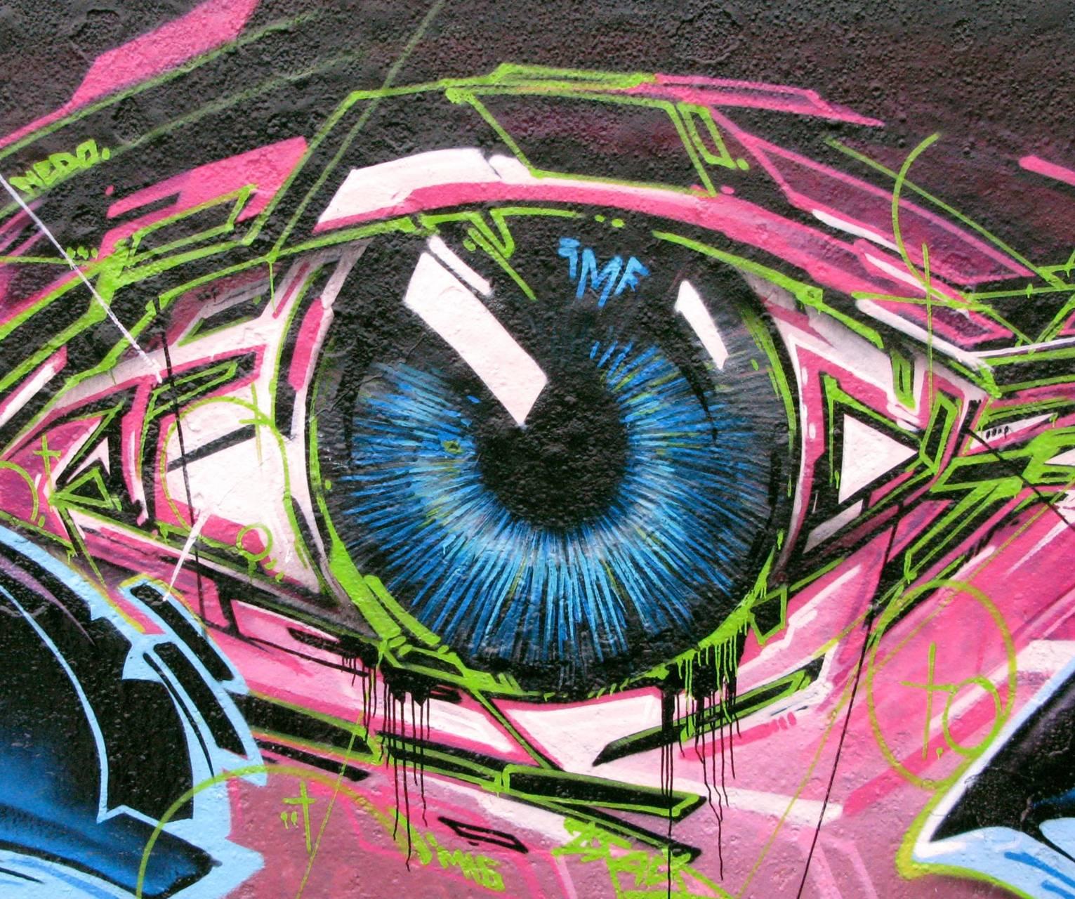 Graf Eye