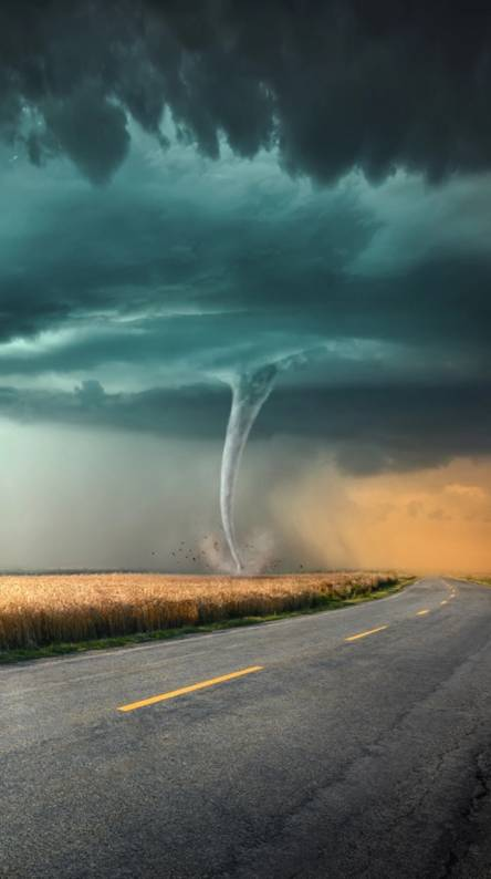 Tornado Wallpapers - Free by ZEDGE™