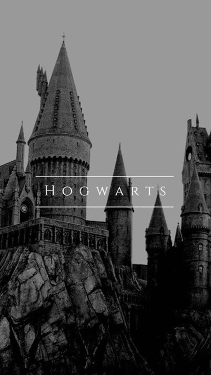 Hogwarts Background Wallpaper By Harrypotterlover19 33 Free On