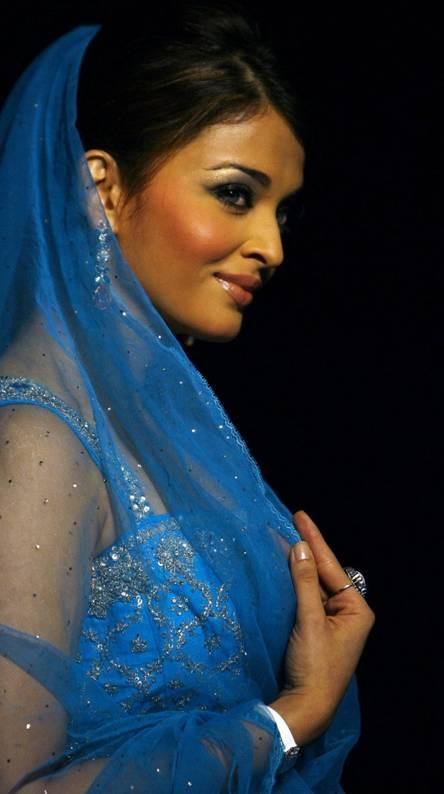 Aishwarya arjun Ringtones and Wallpapers - Free by ZEDGE™