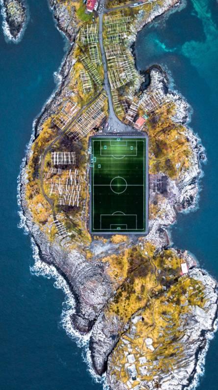 Henningsvaer stadium