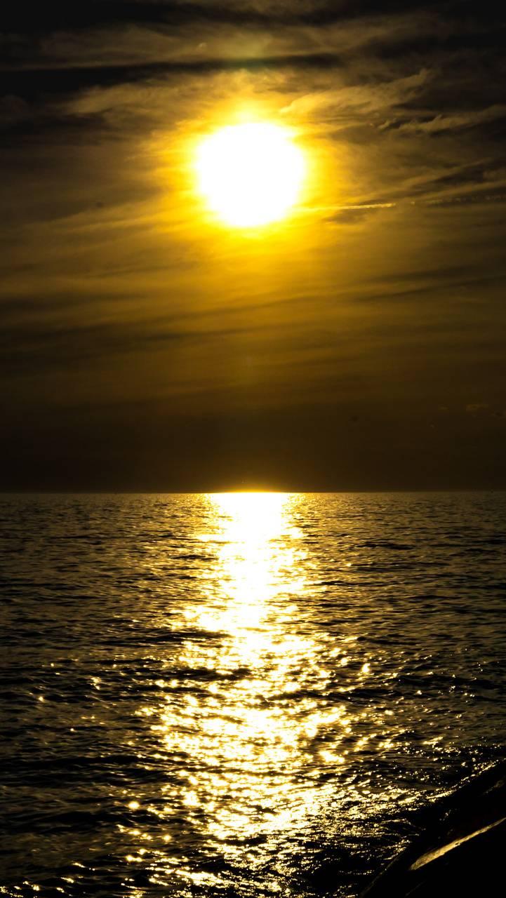 Serneity of the Sun