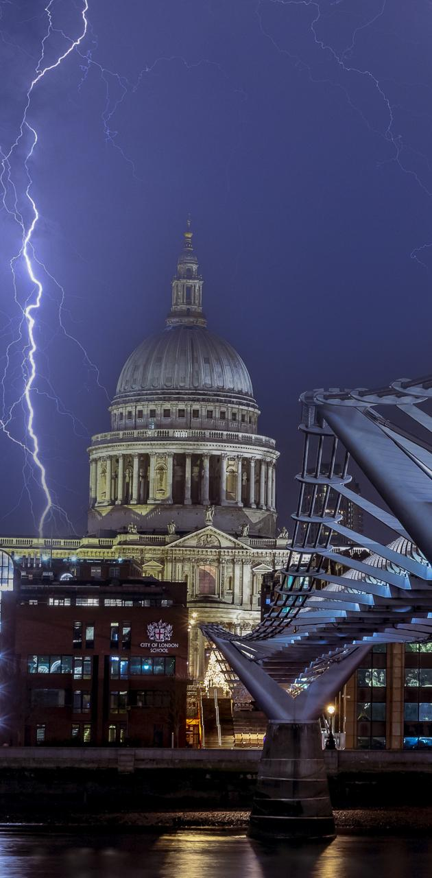 stormy st pauls