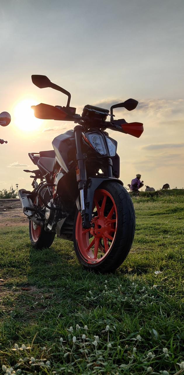 Duke 390 BS6