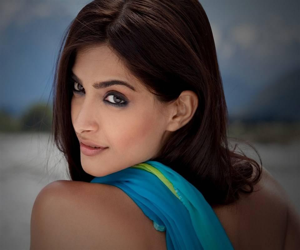 Hd Sonam Kapoor