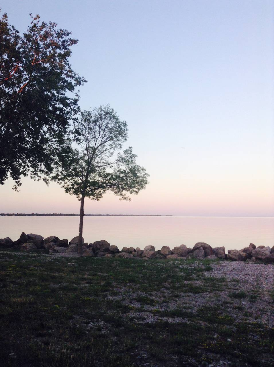 Romantic waterline
