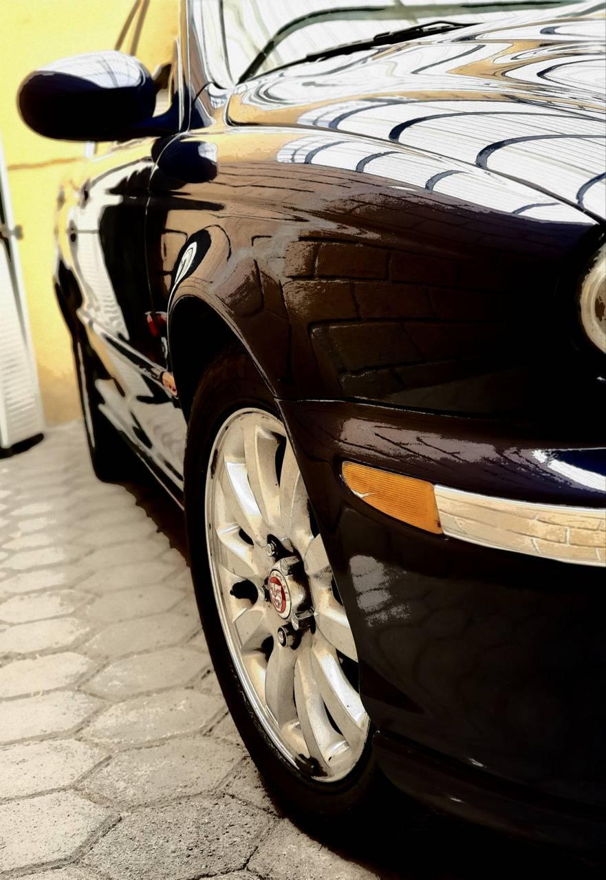 Jaguar X-Type Theme