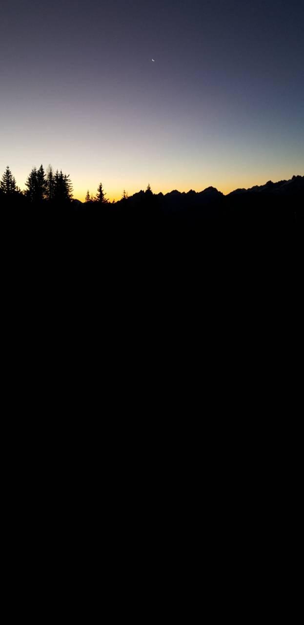 Dawn Sky Amoled