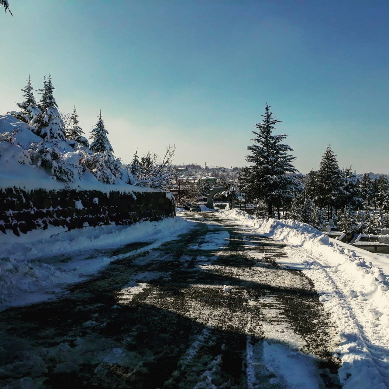 Grave in winter clth