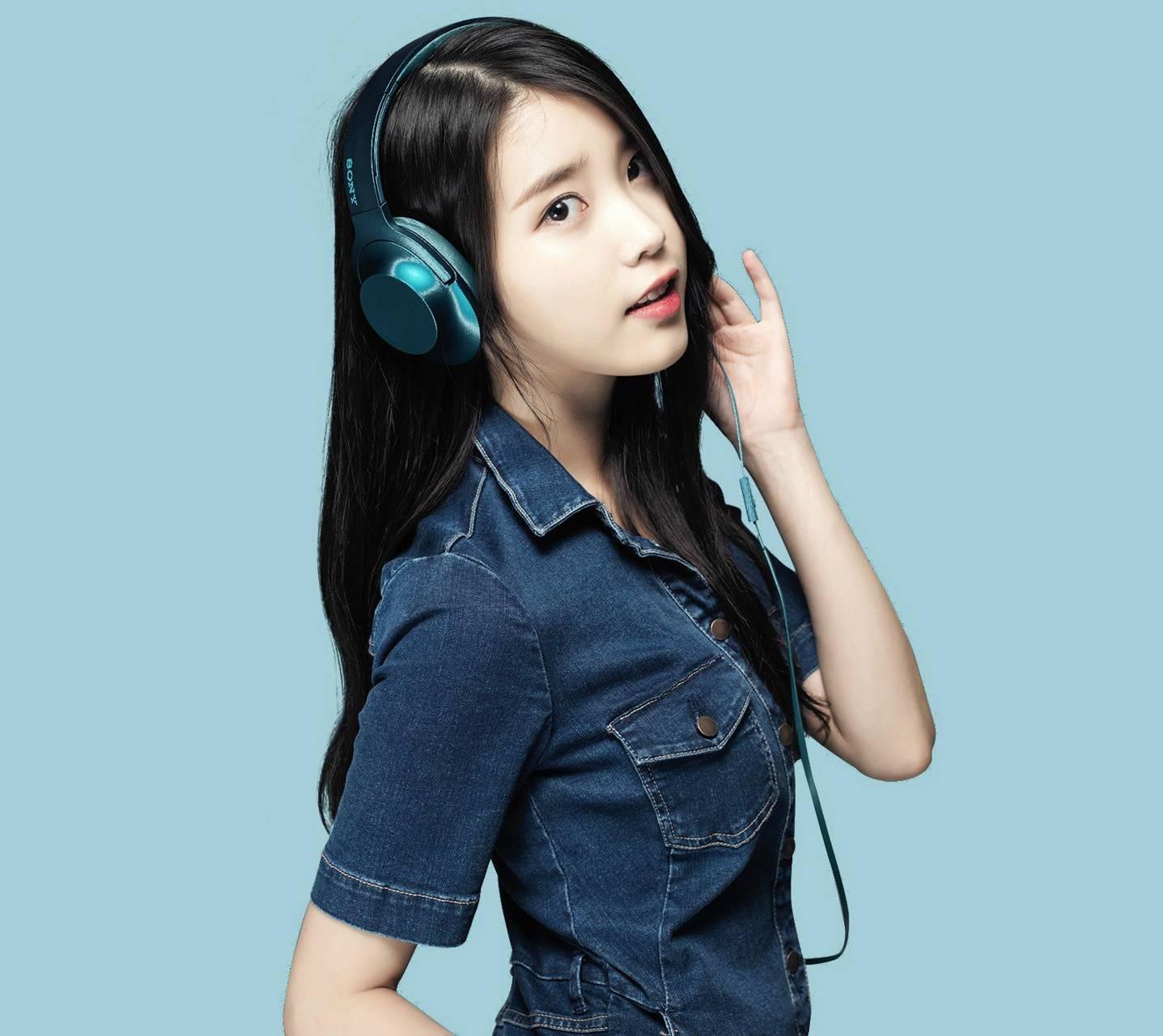 H Ear Viridian Blue