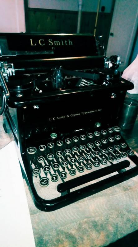 Typewrtiter