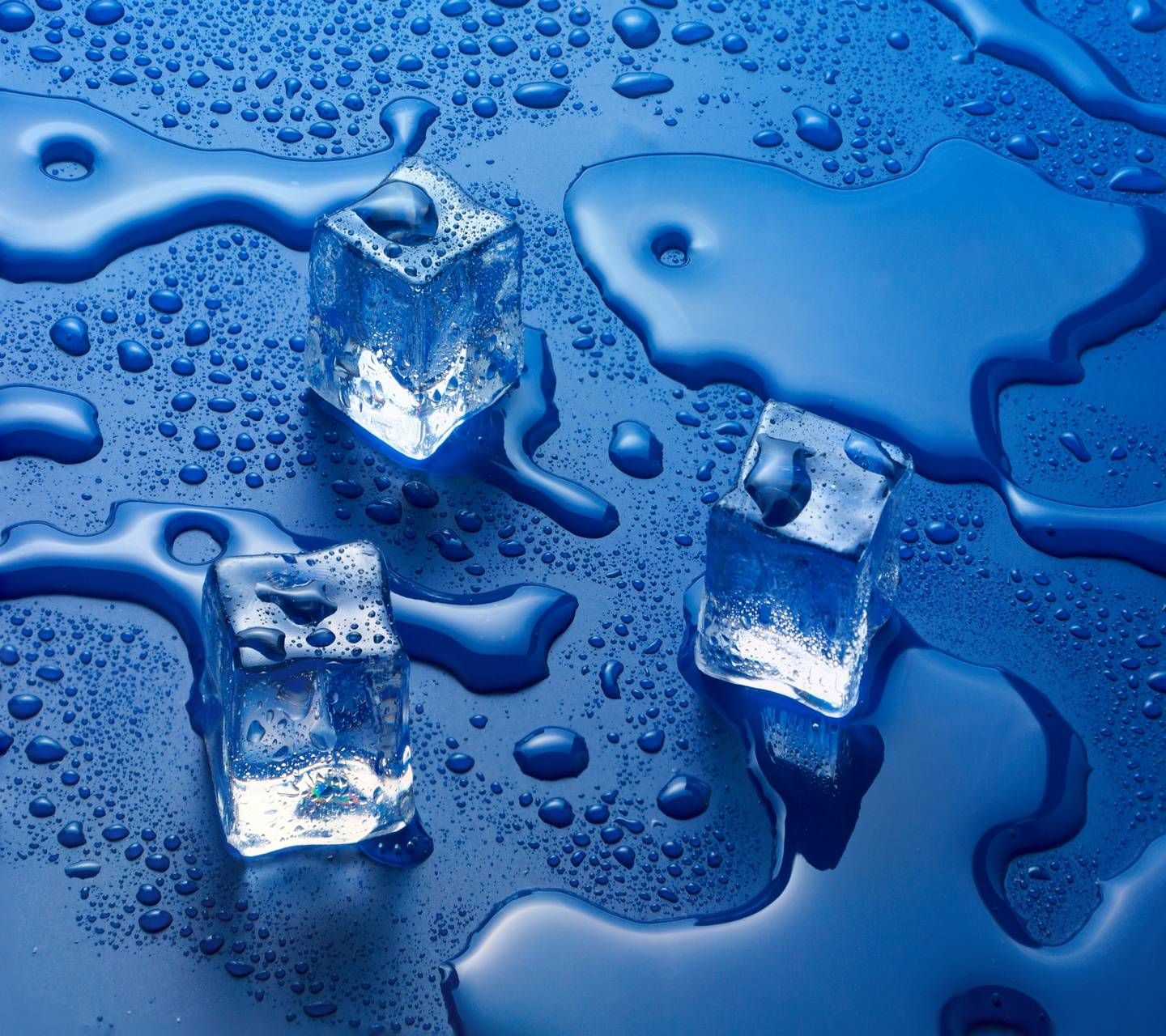 ice cubes water
