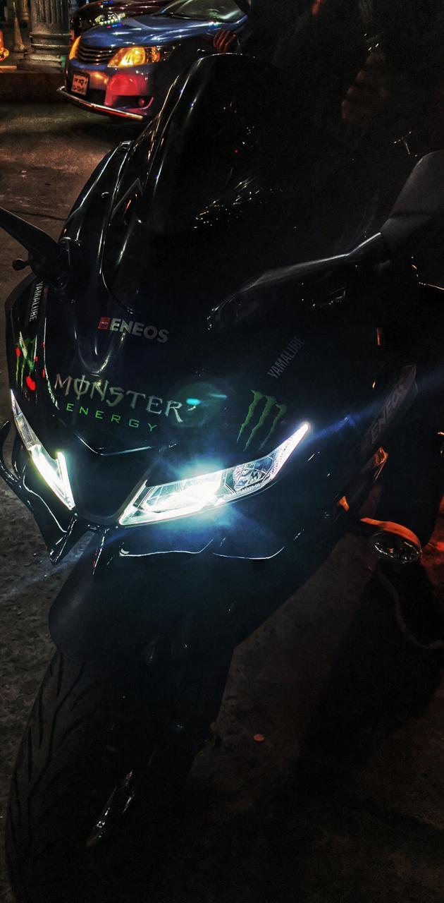 R15 V3 Monster