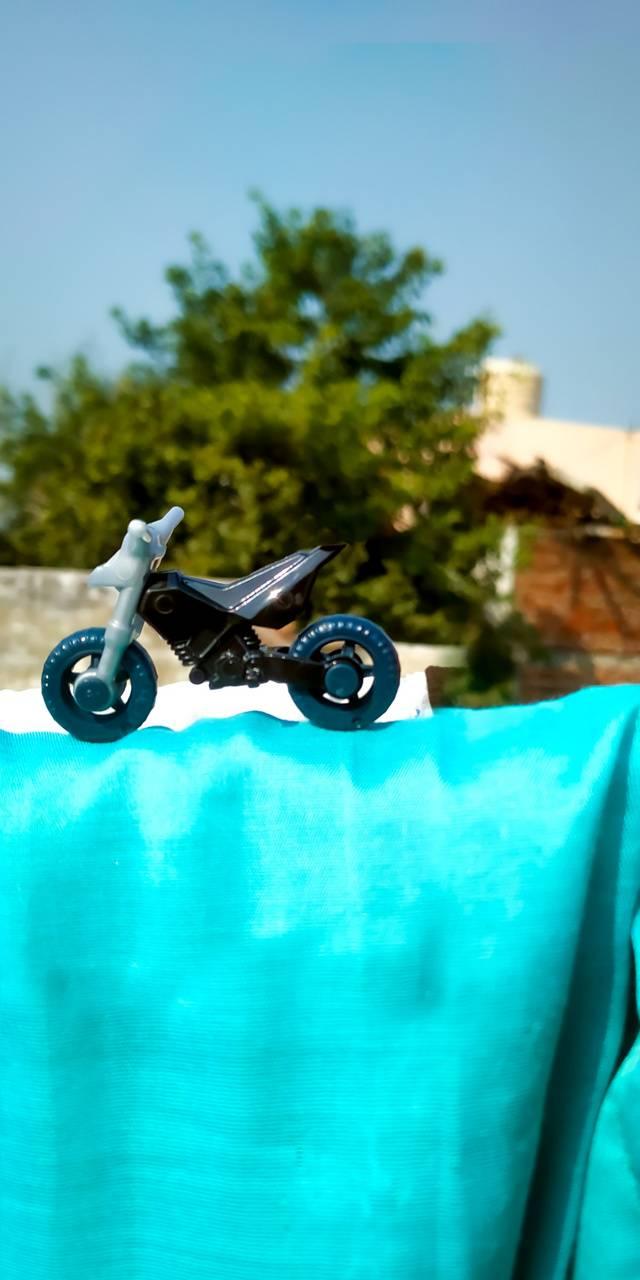 You Bike stunt