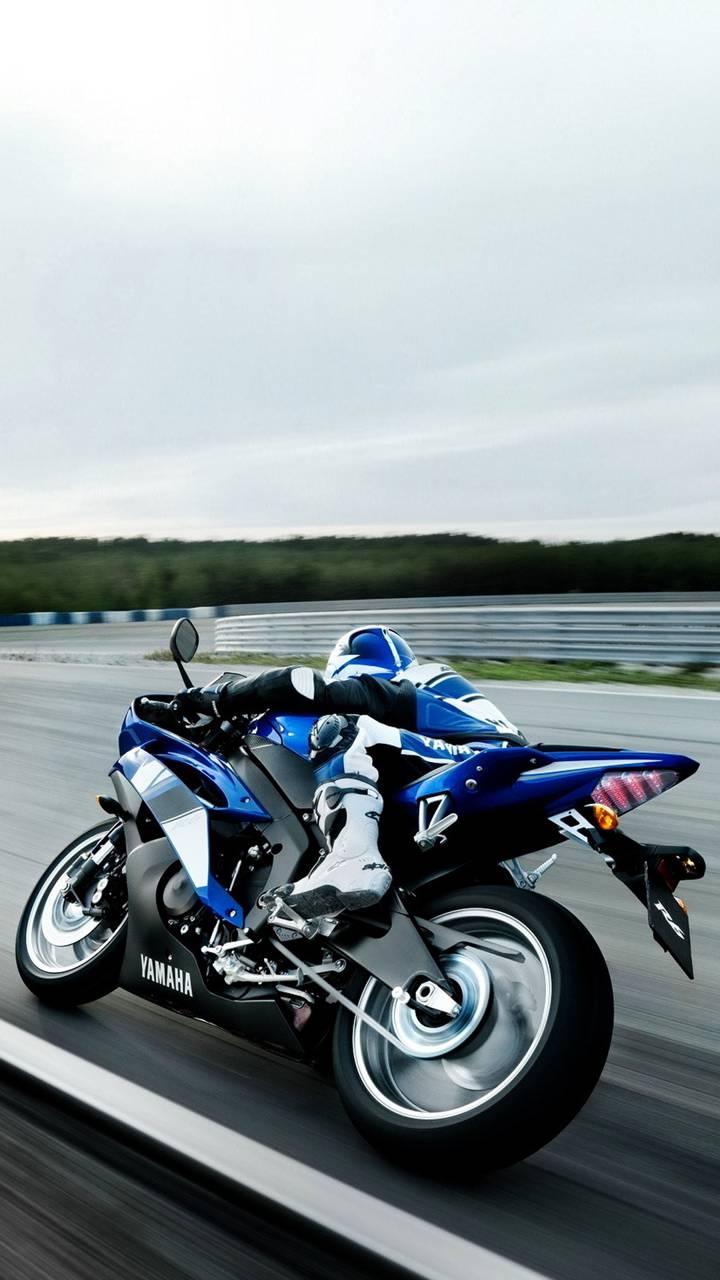 Yamaha on track