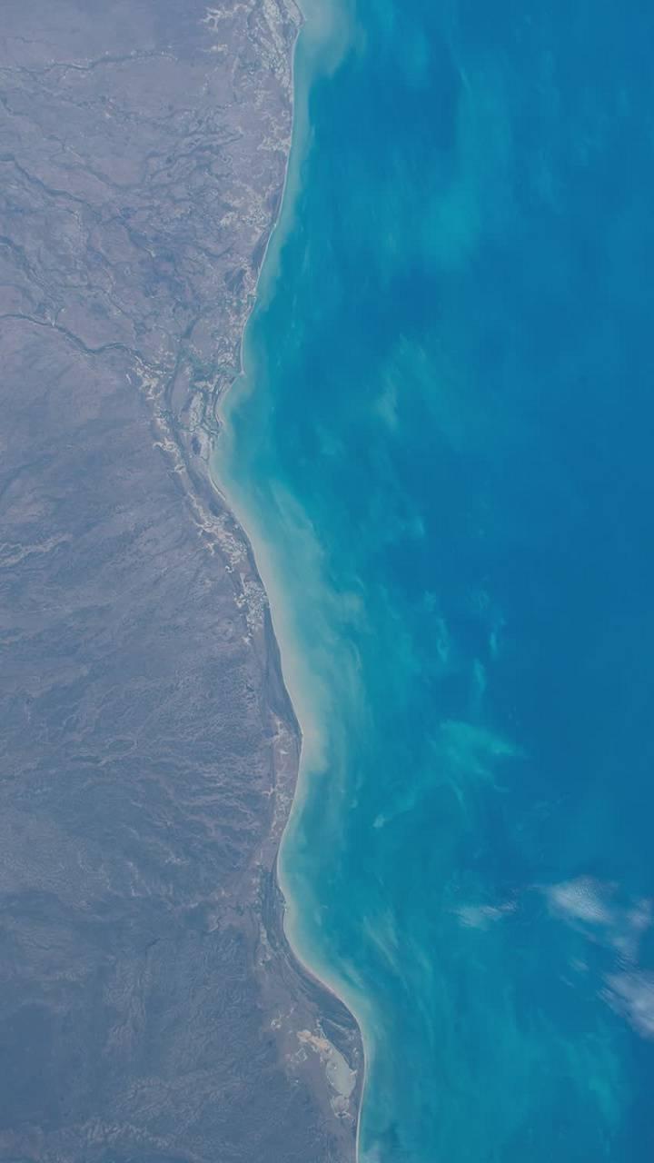 Simple Colours sea