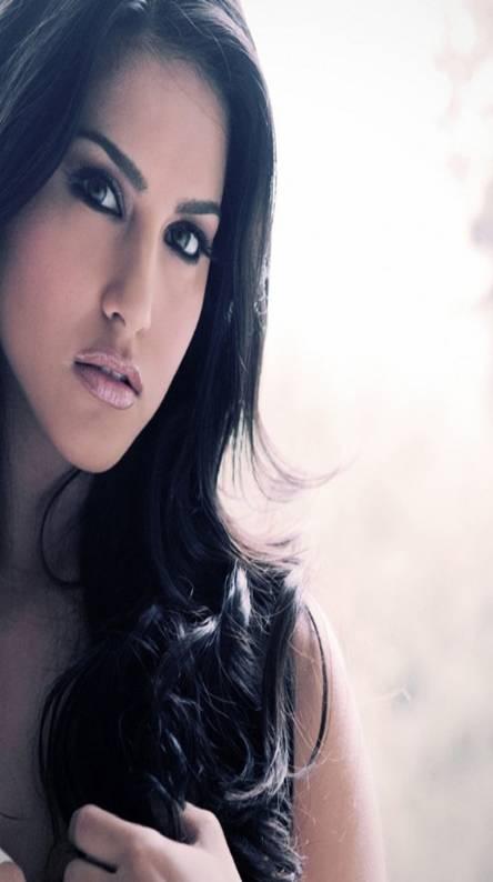 Latest Sunny Leone