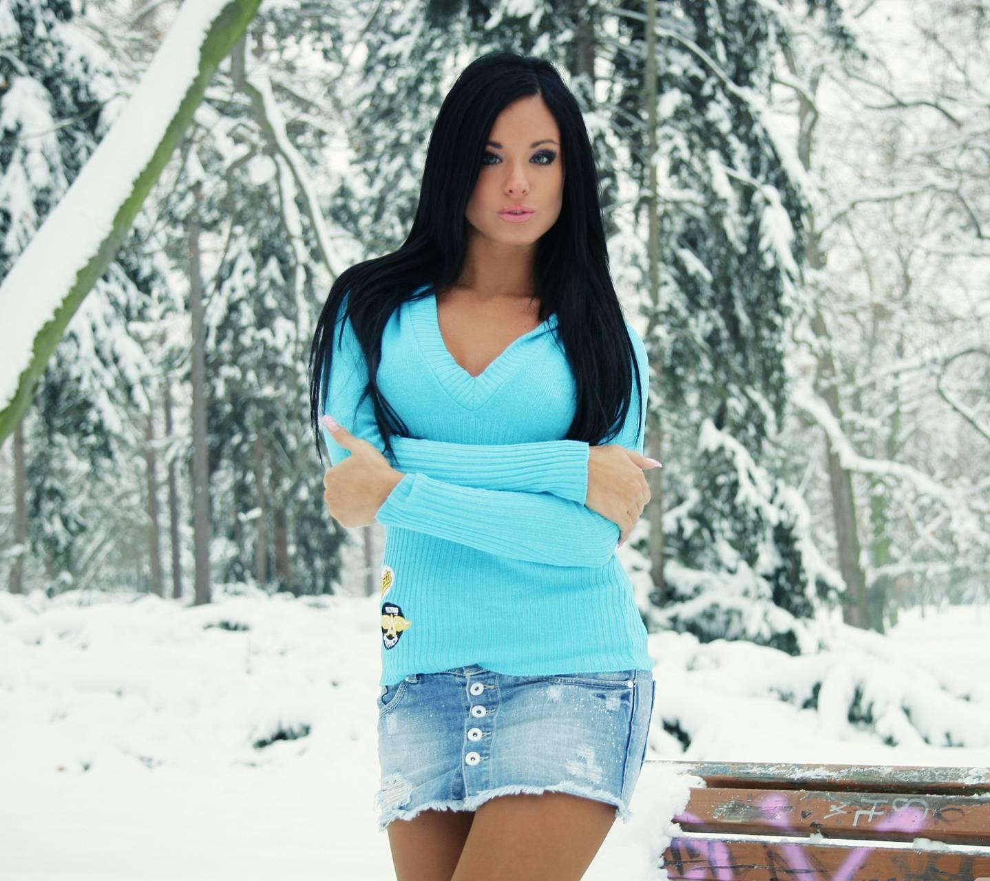 Brunette in Blue