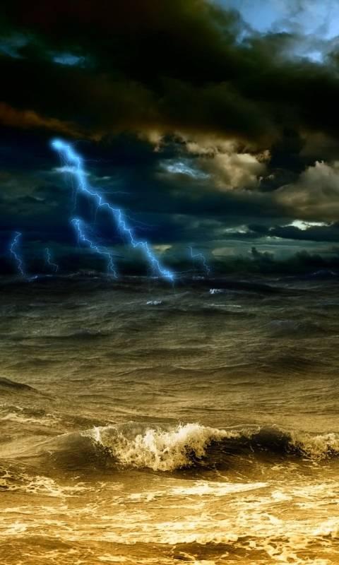 sea and lightning